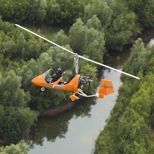 Gyrocopter über Schleswig Holstein